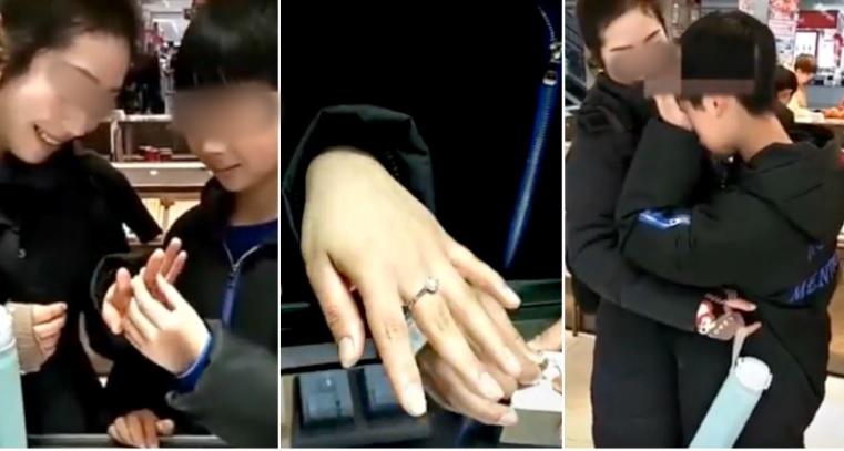 MENGHARUKAN! Bocah Kecil Ini Belikan Cincin Berlian untuk Ibunya, Warga Pun Menangis Melihatnya.