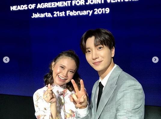 https: img.okeinfo.net content 2019 02 21 205 2021036 gabung-sm-entertainment-rossa-kolaborasi-dengan-super-junior-4B6dnxTMgc.jpg