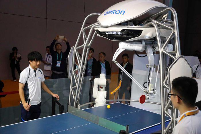 https: img.okeinfo.net content 2019 02 24 406 2022167 mengenal-forpheus-robot-yang-jago-main-pingpong-1IYKhhdTPk.jpg