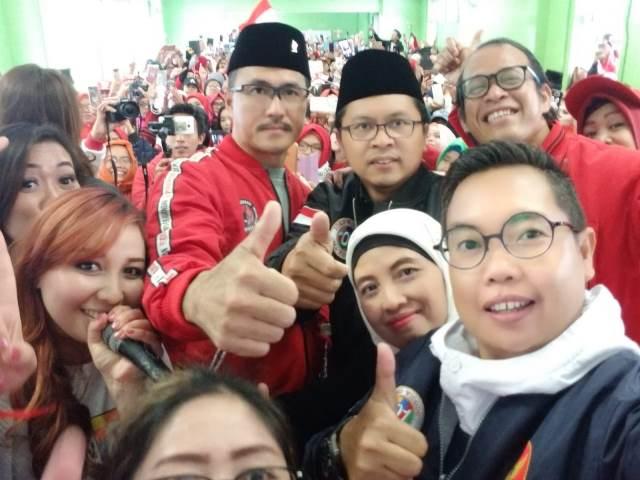 https: img.okeinfo.net content 2019 02 26 605 2023249 tkn-jokowi-meningkatkan-kualitas-hidup-pekerja-migran-indonesia-2t8rwykYE1.jpg