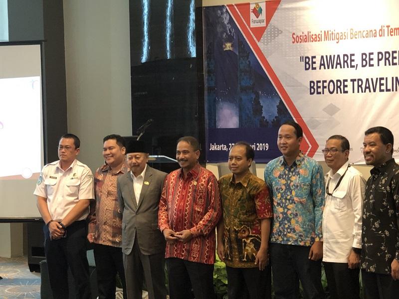 https: img.okeinfo.net content 2019 02 27 406 2023606 menpar-arief-indonesia-siap-gencarkan-mitigasi-bencana-untuk-kurangi-risiko-pariwisata-Xd0L8eiuwW.jpeg
