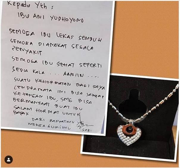 https: img.okeinfo.net content 2019 02 28 481 2024075 berjuang-melawan-kanker-ani-yudhoyono-dapat-kalung-kesehatan-dari-penggemar-berinisial-s-hG2tguKUD5.jpg