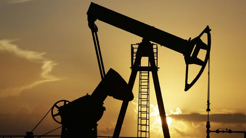 https: img.okeinfo.net content 2019 03 02 213 2024825 harga-minyak-dunia-turun-2-tanPwK173L.jpg