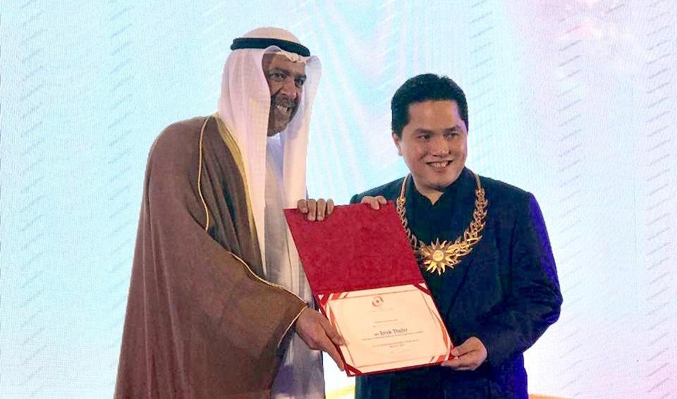 https: img.okeinfo.net content 2019 03 03 43 2025081 sukses-gelar-asian-games-2018-indonesia-raih-oca-award-EMdEiwGwEV.jpeg