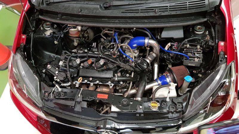 https: img.okeinfo.net content 2019 03 08 15 2027492 gunakan-turbo-modifikasi-ayla-dongkrak-tenaga-hingga-200-hp-RKpxTb3hpc.jpg