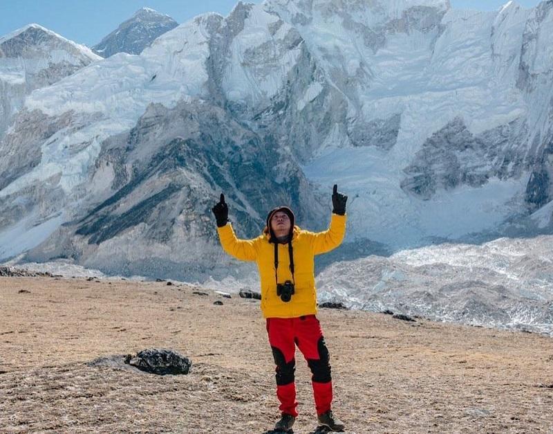 https: img.okeinfo.net content 2019 03 12 194 2029130 5-momen-keseruan-gading-marten-liburan-ke-nepal-sampai-ke-gunung-everest-konexTOSVr.jpg