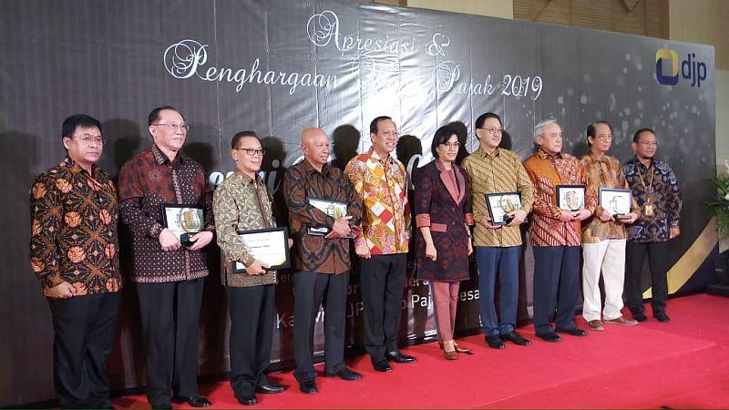 https: img.okeinfo.net content 2019 03 13 20 2029617 ketika-sri-mulyani-kumpul-bareng-crazy-rich-indonesia-X6i2ygaTpm.jpg