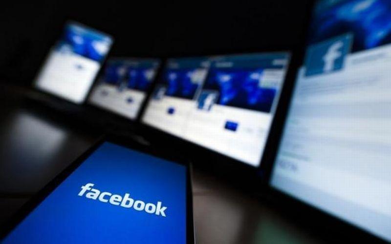 https: img.okeinfo.net content 2019 03 14 207 2029742 warganet-ramai-komentar-soal-instagram-facebook-hingga-whatsapp-down-R71St8oFup.jpg