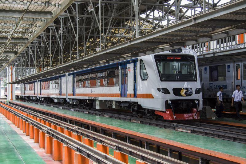 https: img.okeinfo.net content 2019 03 14 320 2030039 railink-incar-1-3-juta-penumpang-ka-bandara-soetta-oMk9xP2PfT.jpg