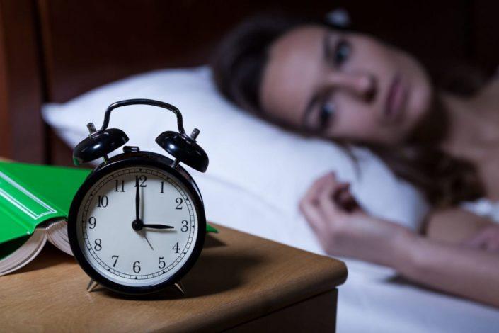 https: img.okeinfo.net content 2019 03 15 481 2030422 10-tips-ampuh-atasi-insomnia-dijamin-tidur-nyenyak-xBOU4j3DbR.jpg