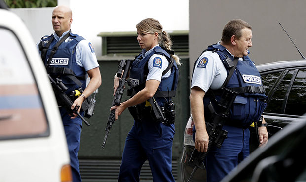 https: img.okeinfo.net content 2019 03 16 18 2030808 selandia-baru-akan-ubah-undang-undang-senjata-api-pasca-penembakan-masjid-MaIauA8lE0.jpg