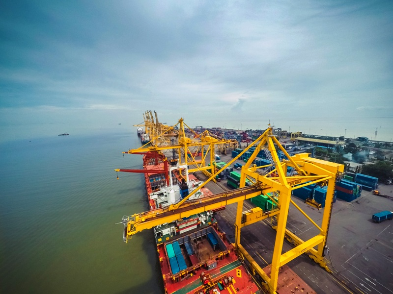 https: img.okeinfo.net content 2019 03 16 608 2030817 pelabuhan-belawan-urat-nadi-ekonomi-sumatera-JRQEzrPumi.jpg