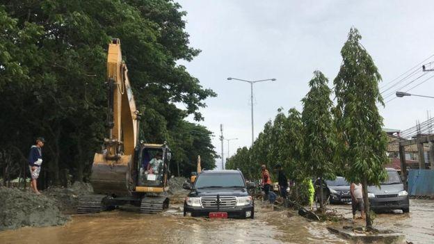 https: img.okeinfo.net content 2019 03 25 320 2034823 banjir-pupr-desain-ulang-infrastruktur-di-sentani-papua-jYMtxiS79Q.jpg