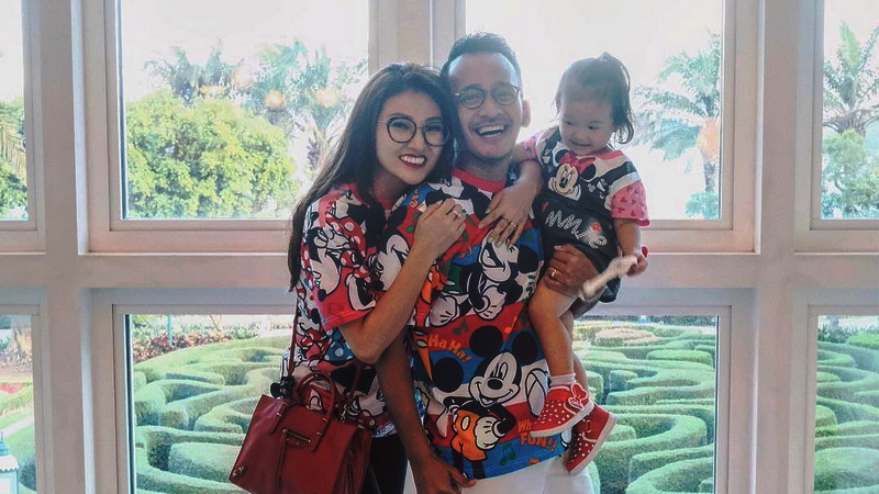 https: img.okeinfo.net content 2019 03 25 33 2034595 anak-kedua-segera-lahir-sarwendah-ungkap-ketakutannya-CKebqkII6l.jpg