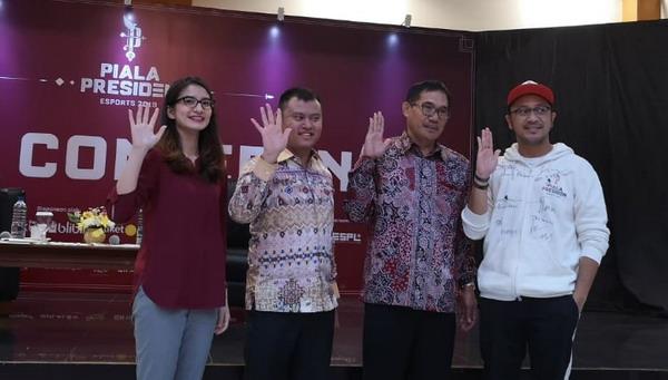 https: img.okeinfo.net content 2019 03 26 326 2035175 finalis-piala-presiden-esports-2019-jalani-bootcamp-jelang-final-56penPogTr.jpg