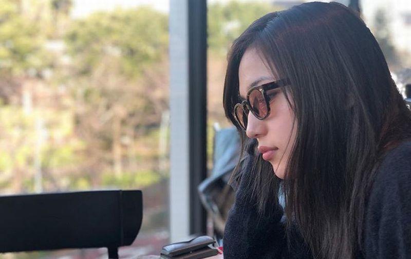https: img.okeinfo.net content 2019 03 27 194 2035530 gaya-haruna-kawaguchi-jadi-perawat-cantik-bisa-bolak-balik-rumah-sakit-nih-mpSORyExgg.jpg