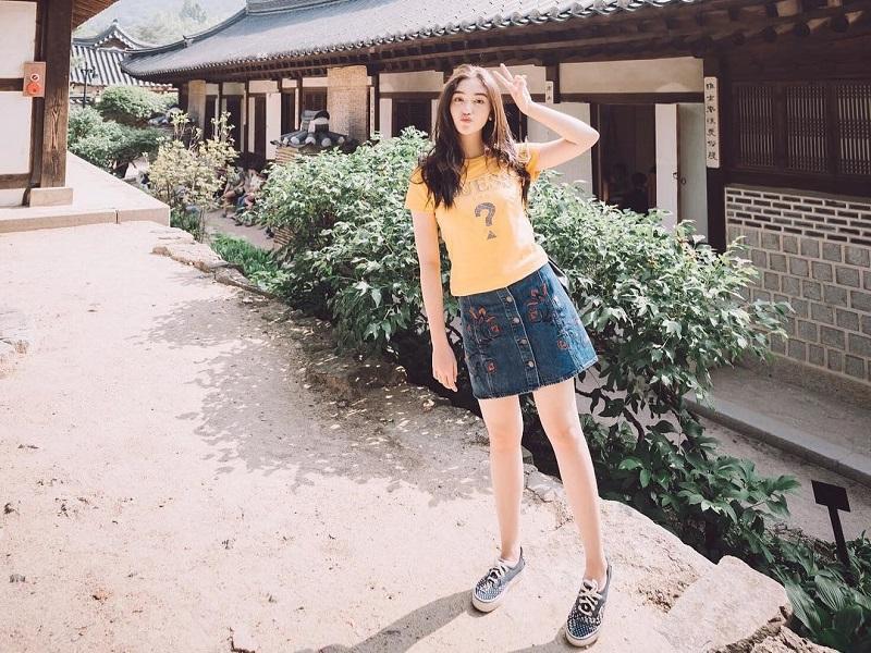 https: img.okeinfo.net content 2019 03 27 194 2035797 5-penampilan-korean-style-ala-ranty-maria-cantik-menggemaskan-3cGcCcaJ3p.jpg