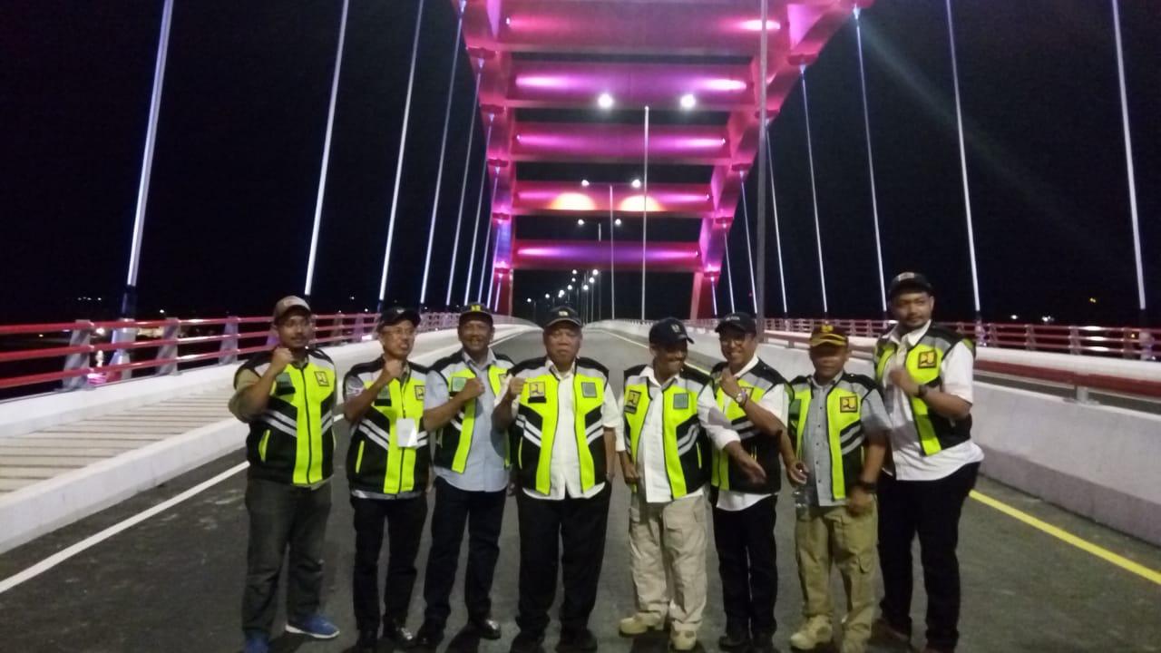 https: img.okeinfo.net content 2019 04 01 470 2037592 pembangunan-jembatan-holtekamp-papua-selesai-juli-2019-ZgFHTDgX3e.jpeg