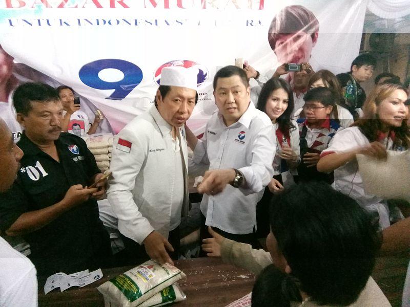 https: img.okeinfo.net content 2019 04 01 606 2037976 hary-tanoe-tegaskan-perindo-bakal-gelar-bazar-murah-di-514-kabupaten-kota-0J24TefSUq.jpg