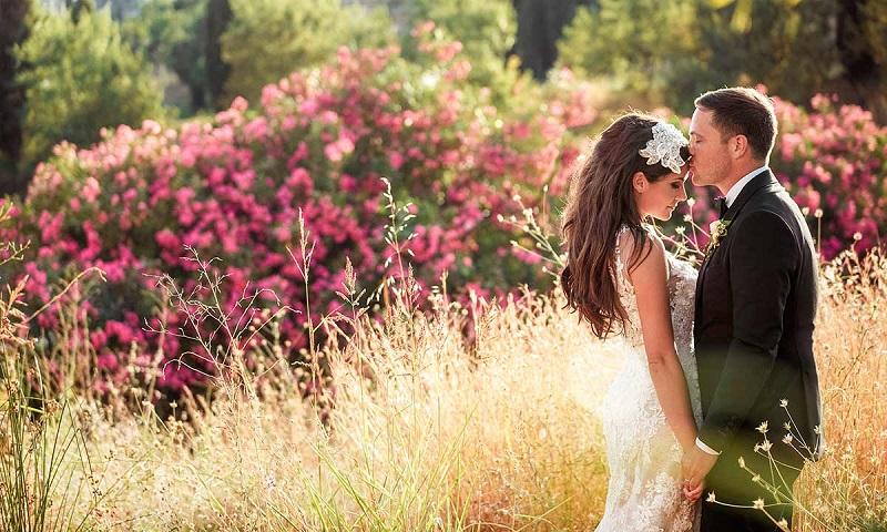 https: img.okeinfo.net content 2019 04 02 194 2038394 7-cara-dapatkan-foto-pernikahan-terbaik-A6D523S9YU.jpg