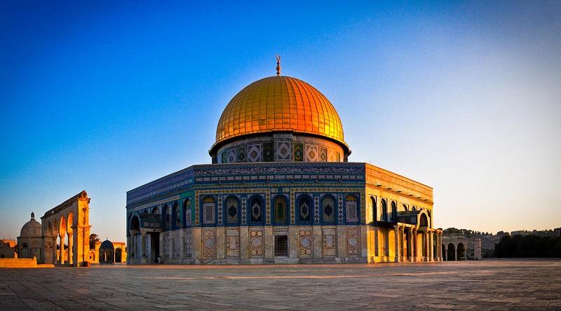 https: img.okeinfo.net content 2019 04 03 406 2038652 5-tempat-indah-yang-disinggahi-nabi-muhammad-saw-saat-isra-miraj-etbpqIWAZD.jpg