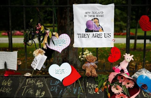 https: img.okeinfo.net content 2019 04 04 18 2038964 teroris-penembak-masjid-di-selandia-baru-didakwa-50-pembunuhan-Lp65btHwOv.jpg