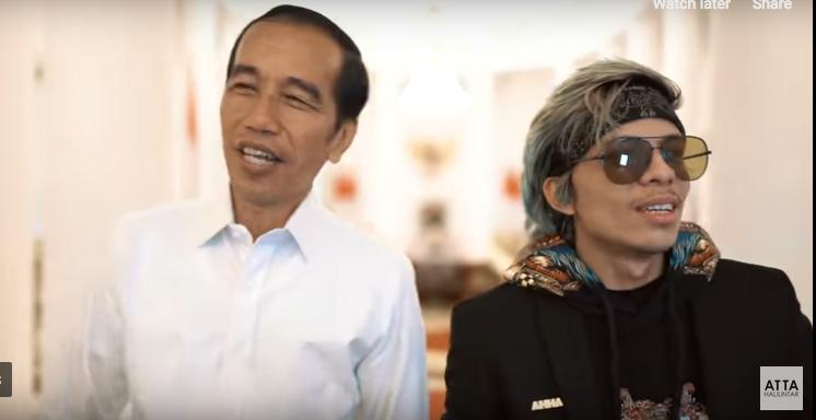 https: img.okeinfo.net content 2019 04 04 196 2038841 terungkap-alasan-jokowi-selalu-beri-sepeda-pada-masyarakat-indonesia-ROPBJEuQj3.png