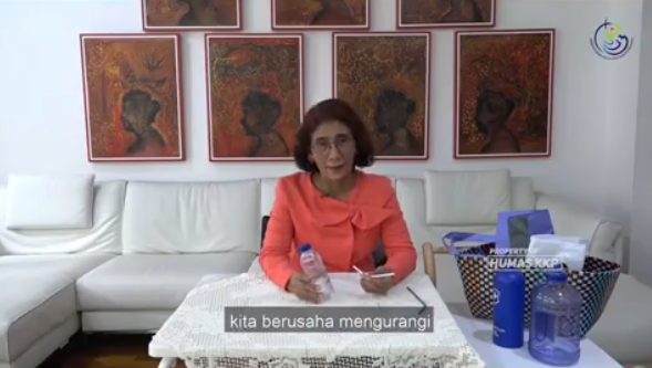 https: img.okeinfo.net content 2019 04 04 320 2038960 indonesia-dicap-pembuang-ke-laut-menteri-susi-say-no-to-single-use-plastic-vpAhlDgthm.png