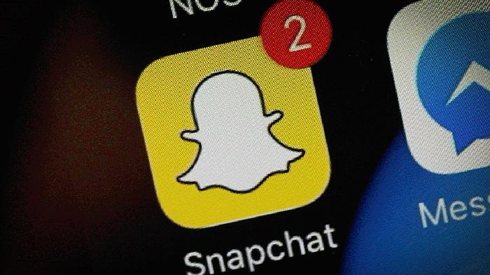 https: img.okeinfo.net content 2019 04 05 207 2039416 update-snapchat-hadirkan-snap-game-hingga-peningkatan-kamera-9fx8un5m0v.jpg