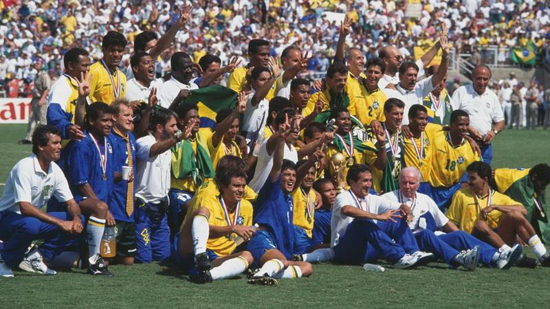 https: img.okeinfo.net content 2019 04 05 51 2039596 siapa-sangka-ada-nama-ronaldo-di-daftar-skuad-brasil-saat-juara-piala-dunia-1994-70kGsP6mFF.jpg
