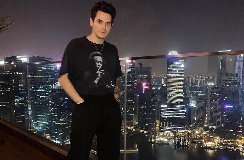 https: img.okeinfo.net content 2019 04 06 205 2039744 pesta-flashlight-dan-gravity-tutup-manis-konser-john-mayer-di-indonesia-OhWh6EQLRh.jpg