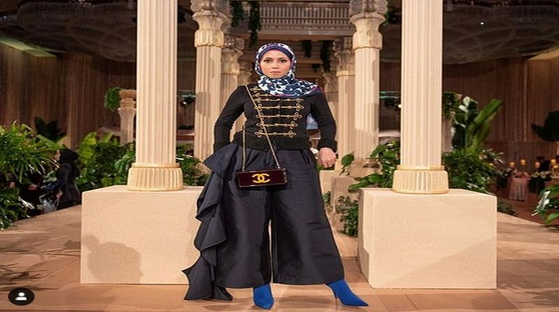 https: img.okeinfo.net content 2019 04 08 194 2040575 modisnya-azrinaz-mazhar-hakim-mantan-istri-ketiga-sultan-brunei-yang-enggak-bikin-bosan-6s5Zznuzvq.jpg