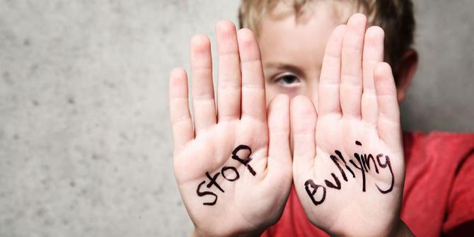 https: img.okeinfo.net content 2019 04 10 196 2041683 guru-bk-ini-beberkan-8-penyebab-seseorang-lakukan-bullying-NlPSm7SIEo.jpg