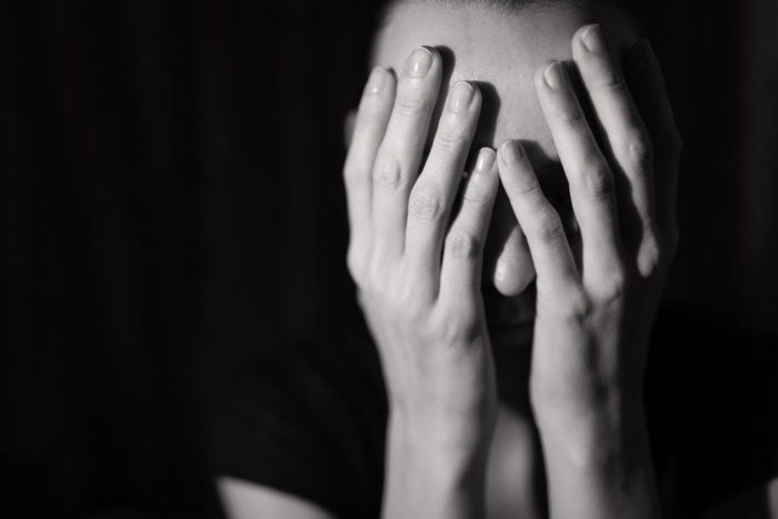 https: img.okeinfo.net content 2019 04 10 481 2041551 8-trauma-fisik-dan-mental-akibat-kekerasan-seksual-3vLykv10id.jpg