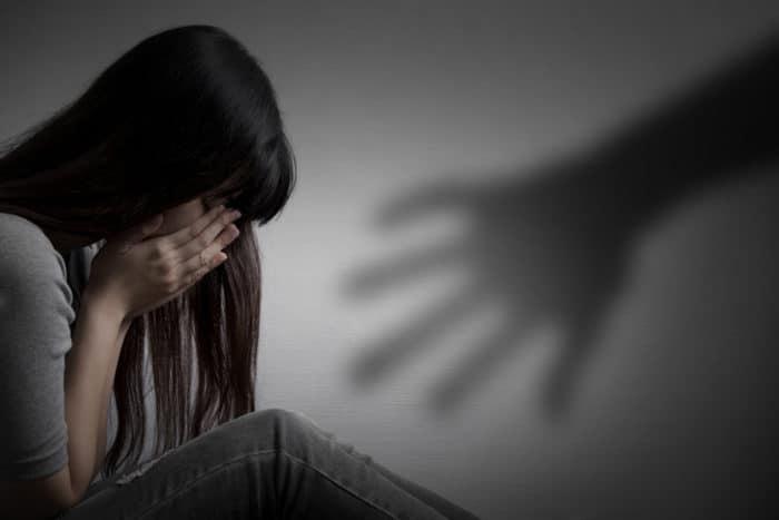 https: img.okeinfo.net content 2019 04 10 485 2041493 tagar-justice-for-audrey-trending-ini-5-mitos-sesat-kekerasan-seksual-yang-harus-diluruskan-fJ4liofOWY.jpg