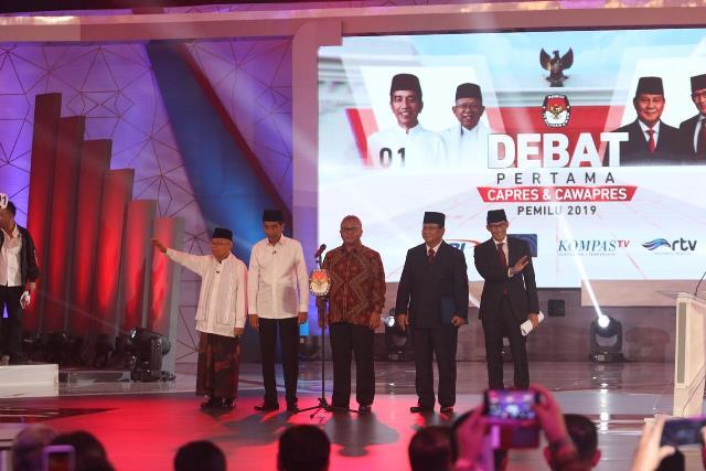 https: img.okeinfo.net content 2019 04 11 605 2042224 survei-new-indonesia-jokowi-ma-ruf-amin-57-3-prabowo-sandi-35-9-qmMq1SelVj.jpg