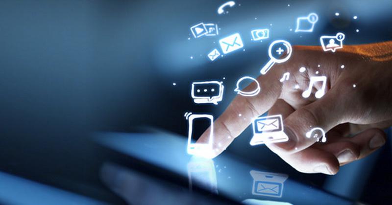 https: img.okeinfo.net content 2019 04 15 207 2043698 intip-perkembangan-media-dan-tren-baru-masyarakat-digital-RRH6nplPVc.jpg