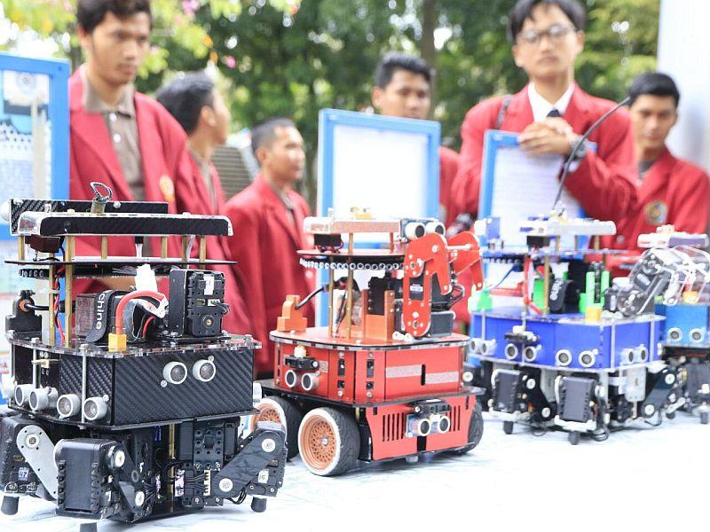 https: img.okeinfo.net content 2019 04 15 65 2043904 tim-robotik-indonesia-juara-kontes-robot-di-as-ZsoCkQuqu3.jpg