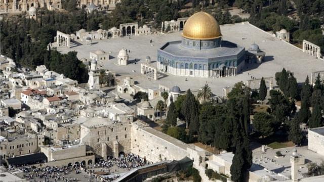 https: img.okeinfo.net content 2019 04 16 18 2044112 masjid-al-aqsa-di-yerusalem-kebakaran-RA6paauPcR.jpg