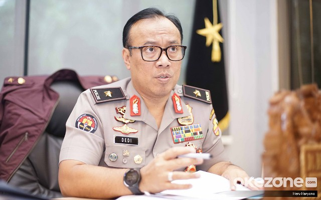 https: img.okeinfo.net content 2019 04 16 605 2044193 polri-dampingi-polisi-malaysia-tuntaskan-kasus-surat-suara-tercoblos-bRjLHL8gkl.jpg