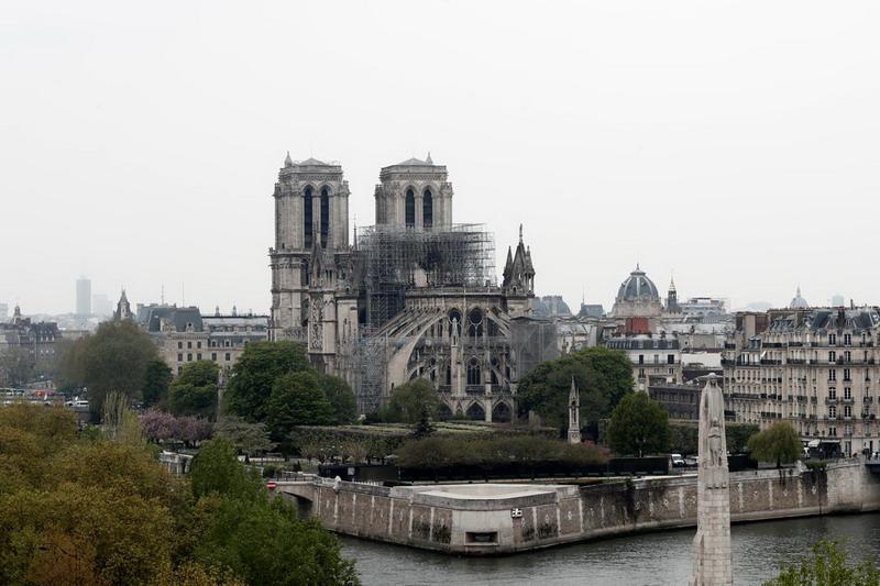 https: img.okeinfo.net content 2019 04 17 18 2044722 presiden-prancis-berharap-perbaikan-katedral-notre-dame-selesai-dalam-lima-tahun-pnFsXPStMV.jpg