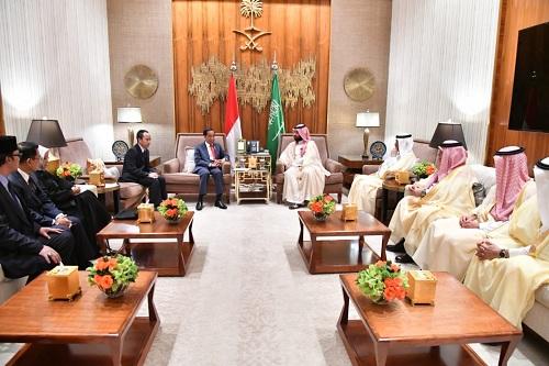 https: img.okeinfo.net content 2019 04 18 320 2045074 setelah-presiden-jokowi-pulang-dari-arab-saudi-dapat-investasi-apa-saja-GNAIdzm9U5.jpeg