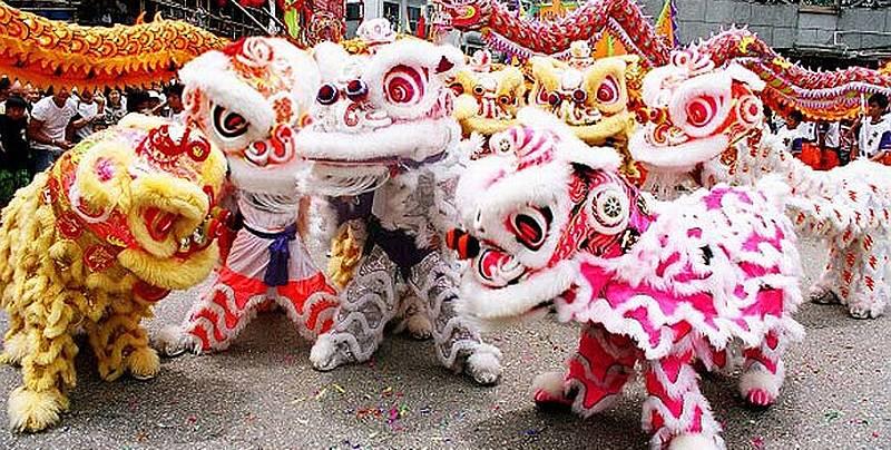 https: img.okeinfo.net content 2019 04 18 406 2045251 mengenal-sang-singa-di-festival-barongsai-karimun-axKpsGhehp.jpg