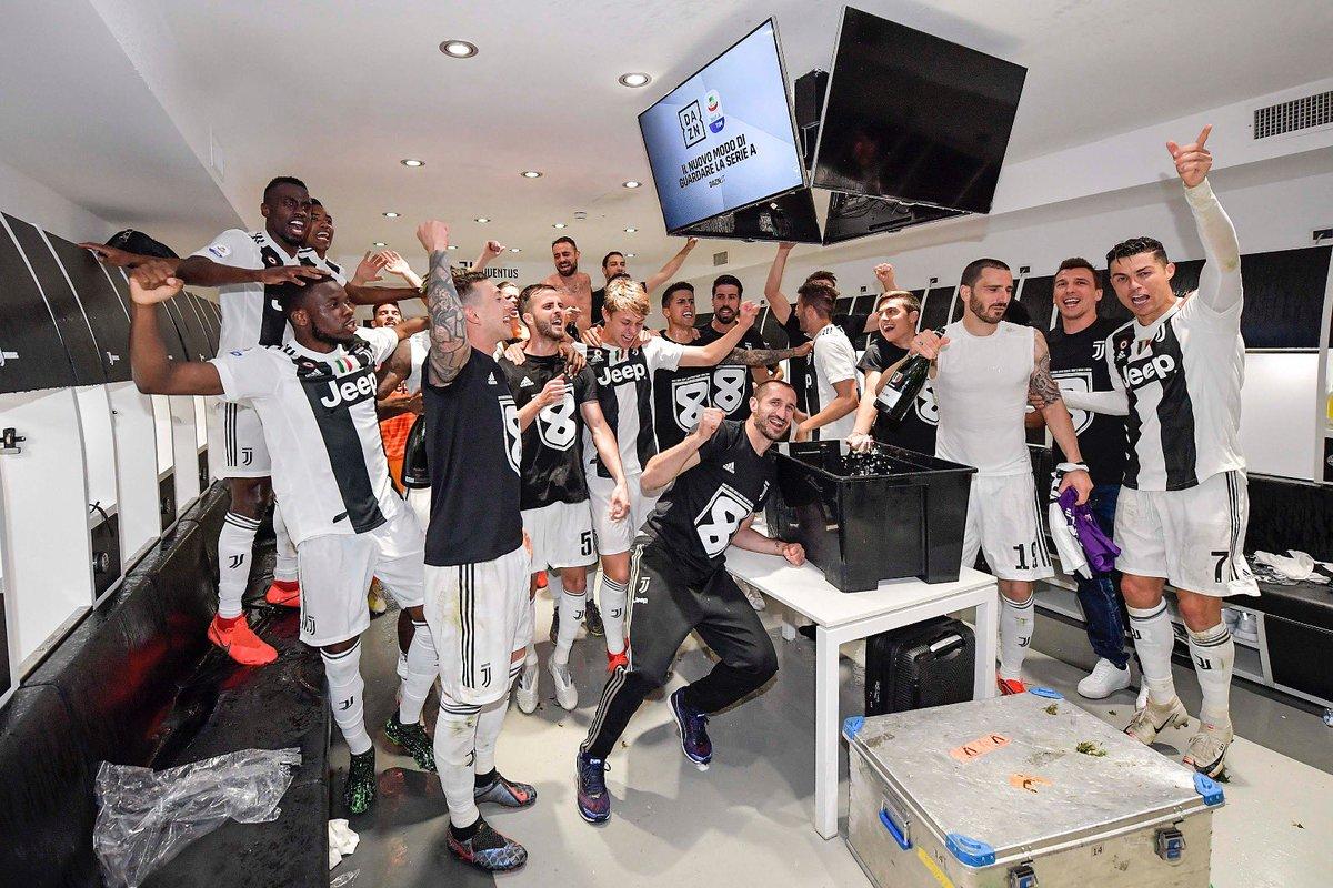 https: img.okeinfo.net content 2019 04 21 47 2046013 hasil-pertandingan-pekan-33-liga-italia-2018-2019-sabtu-20-april-nUFVKqfJ8j.jpg
