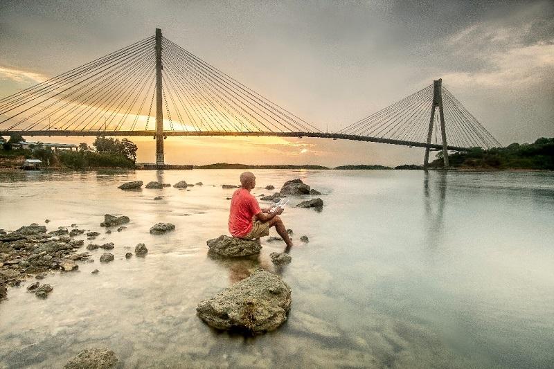 https: img.okeinfo.net content 2019 04 22 406 2046287 daya-tarik-jembatan-barelang-di-batam-yang-mirip-golden-gate-tB84YShMYK.jfif