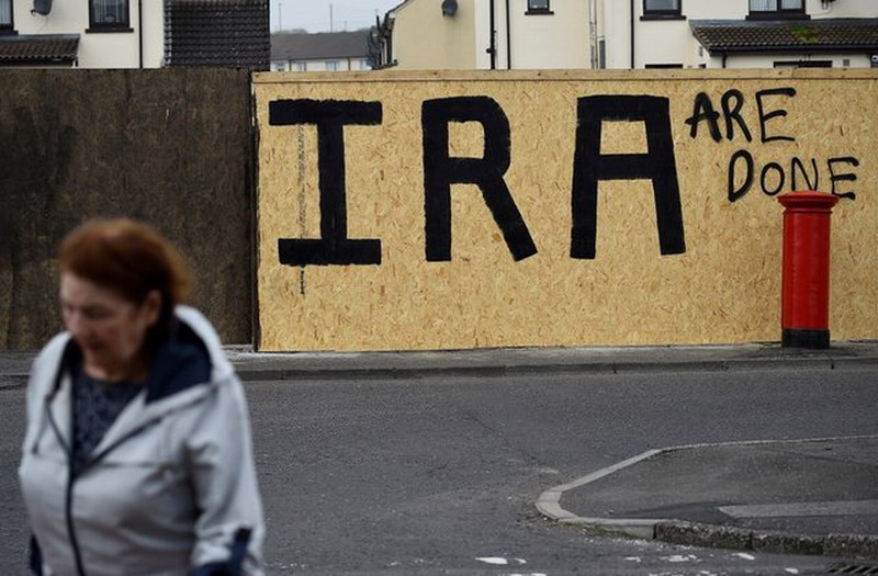 https: img.okeinfo.net content 2019 04 23 18 2047021 kelompok-militan-new-ira-maaf-atas-kematian-jurnalis-muda-irlandia-eCMPVwH3w8.jpg