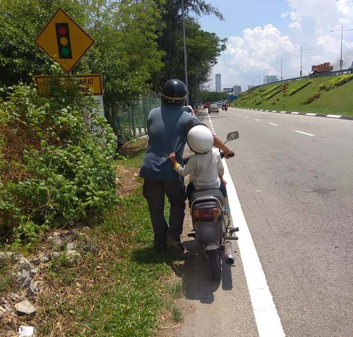 https: img.okeinfo.net content 2019 04 25 18 2047943 kisah-seorang-ayah-yang-tempuh-260-km-untuk-cari-pekerjaan-sentuh-hati-warganet-malaysia-nkKvpmqz3U.jpg