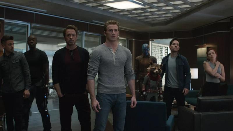 https: img.okeinfo.net content 2019 04 25 206 2047931 avengers-endgame-tak-punya-post-credit-scene-ada-misteri-lain-di-akhir-film-6yZd38xWBV.jpg