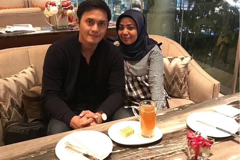 https: img.okeinfo.net content 2019 04 26 33 2048461 tiga-fakta-menarik-dari-pernikahan-muzdalifah-dan-fadel-islami-x9FQNXK8eZ.jpg