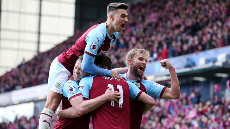 https: img.okeinfo.net content 2019 04 28 45 2049011 guardiola-prediksi-laga-burnley-vs-man-city-berjalan-sulit-717svohyXq.jpg